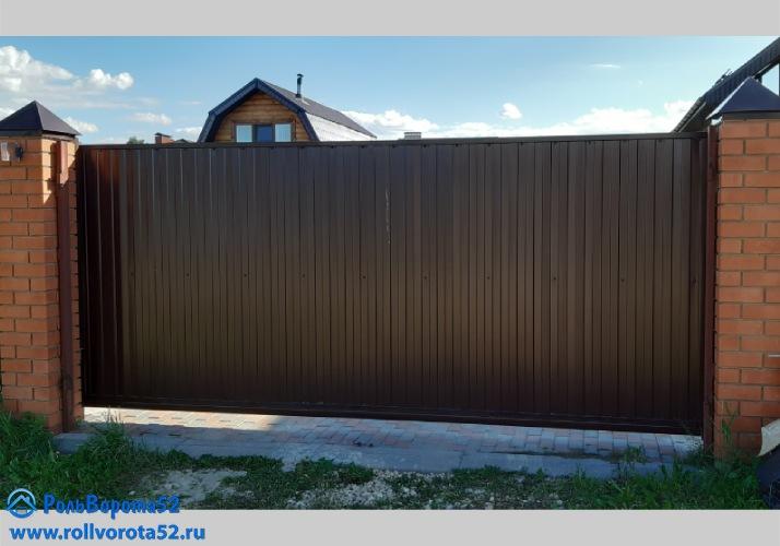 Откатные ворота из профнастила 5м